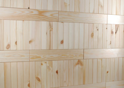 Dekoracja ścienna NORTO Leth z różnymi wymiarami listew drewnianych