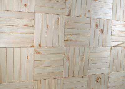 Wooden wall decoration in a square pattern