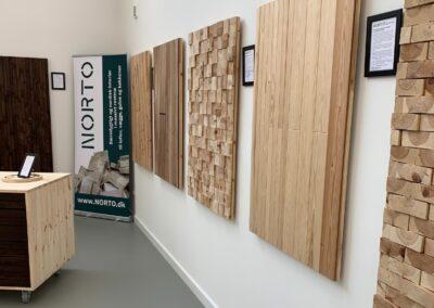 NORTO showroom med vægpaneler